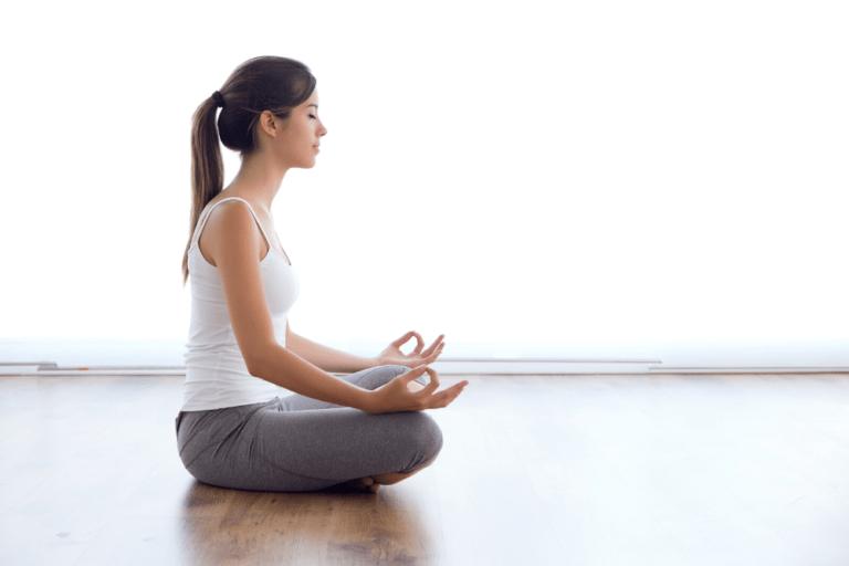 Meditação mantém o cérebro jovem, apontam estudos